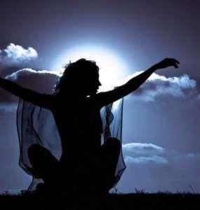 stoperka69-woman-2-women-morning-beautiful-Imagine_largemel-1-1