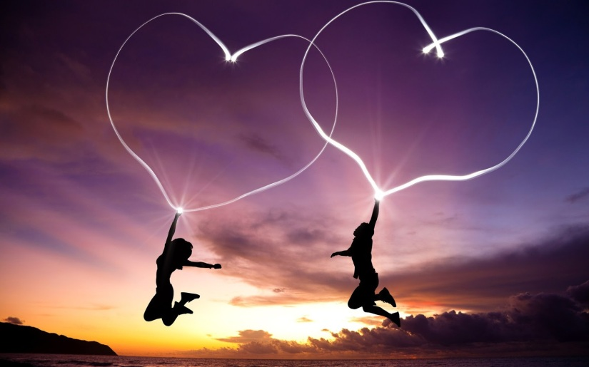 Girl-Boy-Jump-Hearts-Light-Abstract-HD-Wallpaper-LoveWallpapers4u.Blogspot.Com_